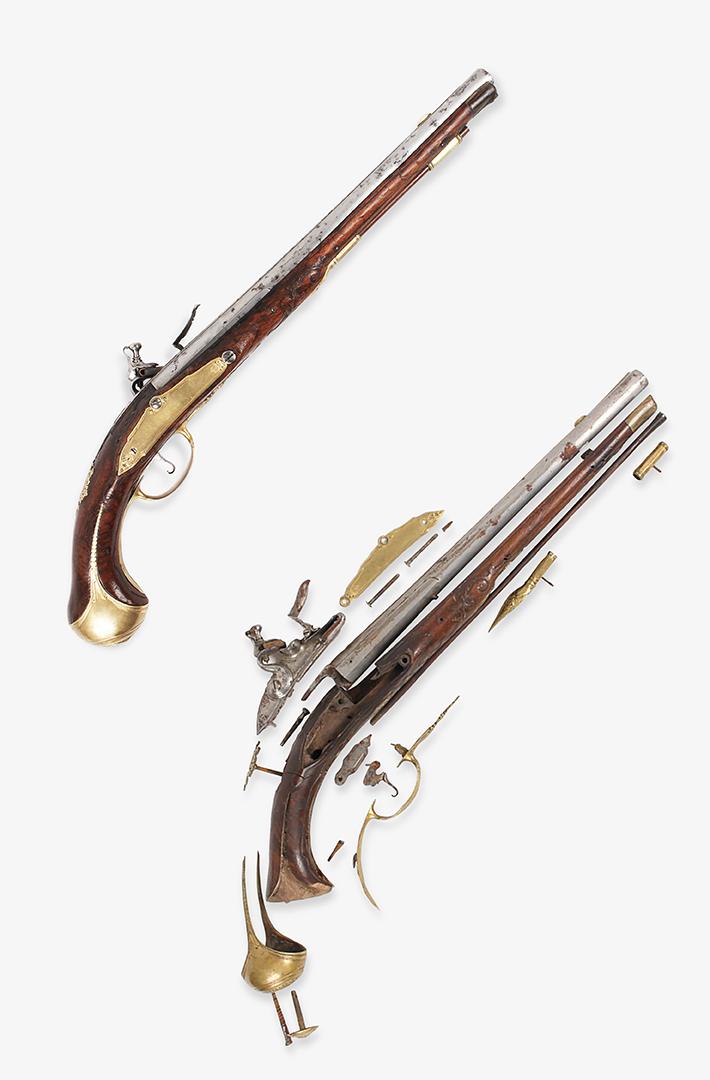 4. ročník <br>2018/19 <br>Pár jednoranných pistolí s křesadlovým zámkem, polovina 18. století